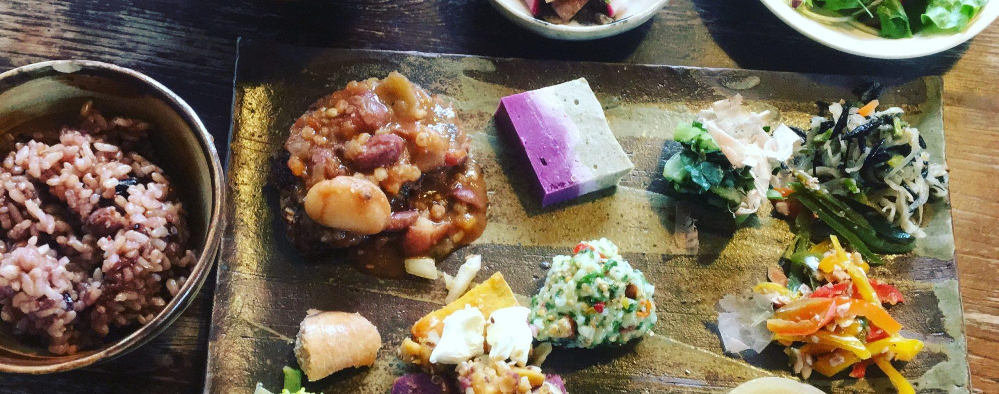 かぜのねシェアキッチンHozu ままやのお豆と雑穀のランチ